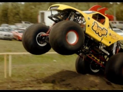 Funny Monster Truck Car Commercial Birdie Advertisement from Centraal Beheer Achmea Insurance 2012