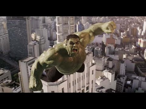 Hulk Smashes A Falling Satellite in Renault Brazilian Car Commercial